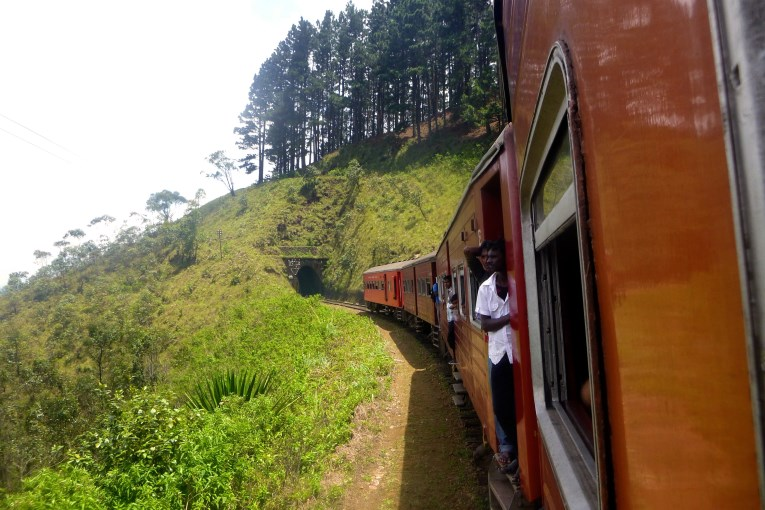 Train Haputale to Nuware Eliya