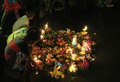 loy kratong children
