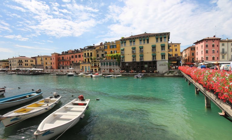Just WOW! Doesn't Peschiera del Garda look like Venice?