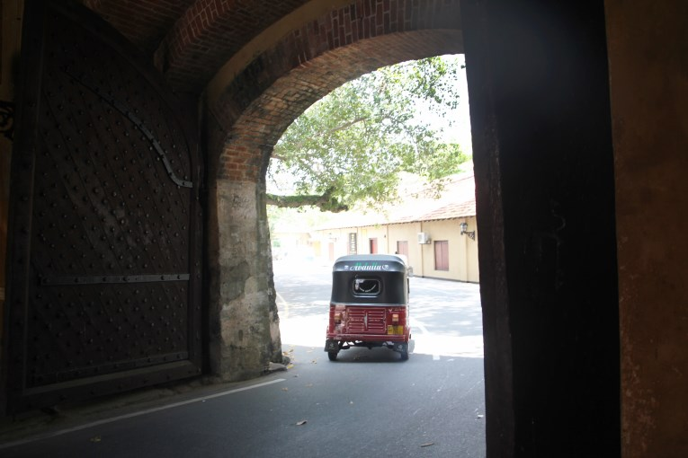 Tuktuk at the gate