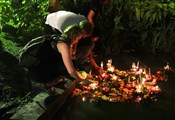 Loy krathong us